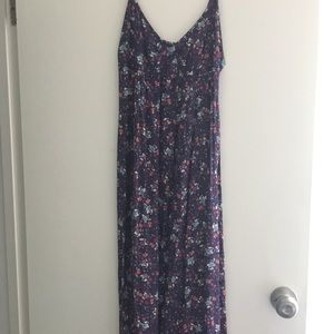 EUC Gap purple floral maxi dress XS